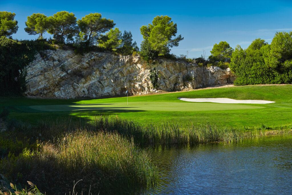 Lumine One Travel Golf